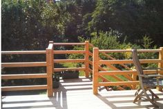 Pretty images of wood deck railings exclusive on dova home decor Horizontal Deck Railing, Wood Deck Railing, Deck Railing Design, Front Porch Design, Front Deck, Railing Ideas, Front Entry, Veranda Design, New Deck