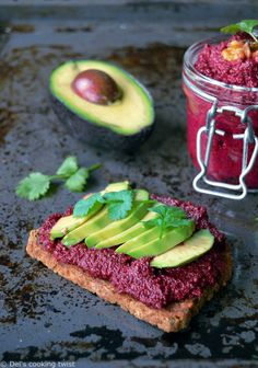 Jazz up your avocado toast with some homemade beet hummus and enjoy it for breakfast or light lunch, like Millennials do. Vegan and nutritious, this easy pick-me-up snack recipe is loaded with healthy fats, plant-based protein and very nutritious. Vegan Snacks, Snack Recipes, Healthy Recipes, Avocado Cookies, Knead Bread Recipe, Beet Hummus, Avocado Recipes, Other Recipes, The Fresh