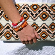 Crochet Clutch Bags, Crotchet Bags, Crochet Purses, Knitted Bags, Tapestry Bag, Tapestry Crochet, Crochet Yarn, Handmade Leather Wallet, Handmade Bags