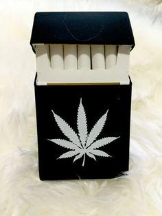 Rare BLACK Marijuana Cannabis WEED Silicon Cigarette Case / Cigarette dispenser / Smoking Accessories