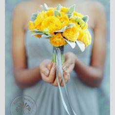 Bouquet de madrinha amarelo. #casamento #bouquet #ramo #flores #amarelo #madrinha
