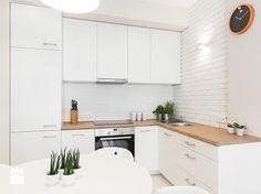 Białe kuchnie zawsze na czasie. Przegląd inspiracji i rozwiązań - Homebook.pl