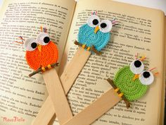 Strickmodelle: Strickbuchhalter-Modelle – My Strictmuster Crochet Bookmark Pattern, Crochet Bookmarks, Crochet Books, Crochet Gifts, Crochet Yarn, Crochet Flowers, Baby Knitting Patterns, Crochet Patterns, Crochet Mobile