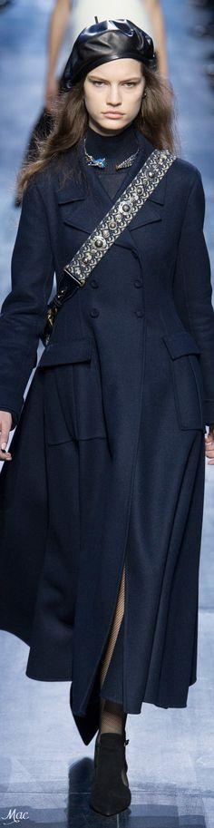 Fall 2017 RTW Christian Dior