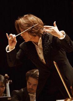 Tomomi Nishimoto, conductor.  Magnificent..