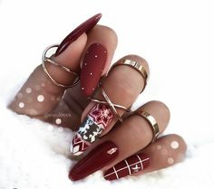 89 Most Gorgeous Nails Ideas for Winter Season You Will Feel Warm - Chicbetter Inspiration for Modern Women Cute Christmas Nails, Xmas Nails, New Year's Nails, Holiday Nails, Rock Nails, New Years Nail Designs, New Years Nail Art, Winter Nail Designs, Nails For New Years