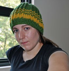 A Girl and Her Yarn: Team Colors Hat