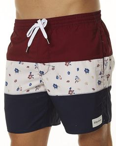 Attempting to find men's boardshorts within a wide variety of colors and designes from high quality makers? Mens Swim Shorts, Gym Shorts Womens, Boys Swimwear, Best Mens Fashion, Chor, Mens Clothing Styles, Stylish Men, Pull, Sport Outfits