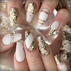15 Graceful White Coffin Nails That Are Totally Edgy Coffin Nails white and gold coffin nails Nails 2018, Prom Nails, Wedding Nails, Wedding Makeup, Rave Nails, Bridal Nails, White Coffin Nails, White Nails, Stiletto Nails