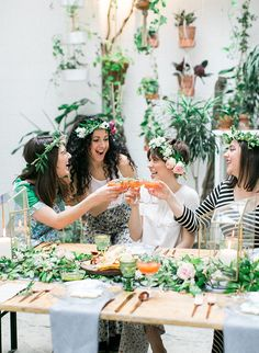 Sustainable & Earthy Bridal Shower (complete with flower crown bar where the girls make their own flower crown!) - Inspired By This - #bridalshowerideas #bridalshower #bridetobe #bridesmaid #weddingplanning #weddingideas #bridaltrends #weddinginspiration #weddingtrends #flowercrown