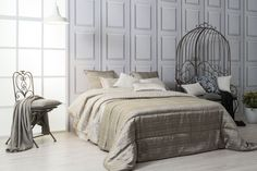 Más en www.lamallorquina.com Interior Design, Bed, Furniture, Home Decor, Duvet Covers, Beds, Yurts, Colors, Design Interiors