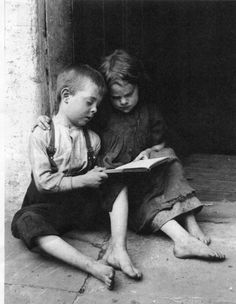 Joey Lyons and Nellie Stark photographed by Horace Warner in the early 20th century. His photographs are featured in Spitalfields Nippers by the Gentle Author