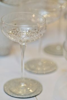 Beautiful champagne glasses, vintage wedding ideas