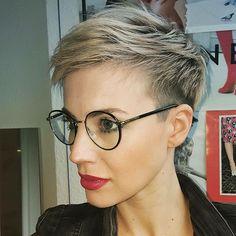Blonde Pixie Haircut, Short Blonde Pixie, Short Pixie Haircuts, Pixie Hairstyles, Short Hairstyles For Women, Blonde Hair, Haircut Short, Long Pixie, Latest Hairstyles