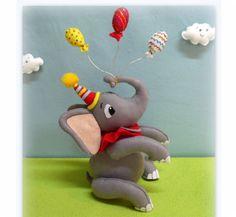 Elefante com Balões de Feltro | Nina e Mone | Elo7