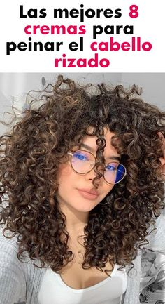 The best 8 creams to comb curly hair - Curly Hair Tips, Curly Hair Care, Super Curly Hair, Cabello Hair, Curly Girl Method, Natural Hair Styles, Long Hair Styles, Curled Hairstyles, Hair Growth