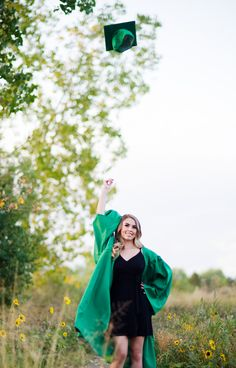 Denver Senior Pictures Cap and gown graduation pictures