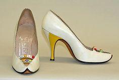 1496ee4d15958 118 Best Shoes 1950s images