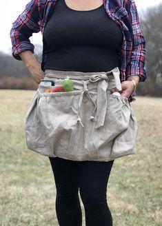 100% Linen Garden apron Zipper Pocket Gathering apron
