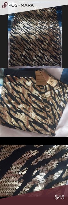 Kasper gold sequence skirt Brand new! Never worn. Skirt goes past the knees and is a women's size small. Gold design. Kasper Skirts Midi