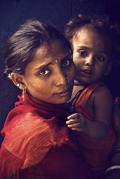 Madre  -- Join COHI in helping newborns and their mamas in crisis settings: www.cohintl.org
