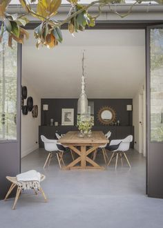 A French house from 1700 for a family of seven - Deco - Decor, Gravity Home, Interior, Home, Interior Design Trends, House Interior, Home Deco, Trending Decor, French House