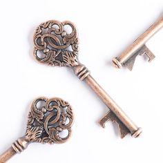 50 Vintage Skeleton Key Bottle Openers - Wedding Decorations & Party Favors - Antique Copper Steampunk Keys - Alice in Wonderland Ideas