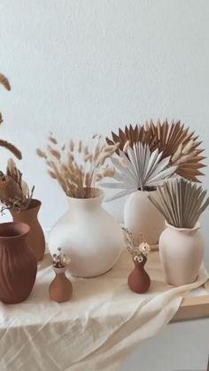 Diy Crafts For Home Decor, Fun Diy Crafts, Home Decor Vases, Creation Deco, Boho Diy, Diy Art, Diy Bedroom Decor, Diy Projects, Paint Store