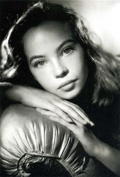 Leslie Caron - one of Hollywoods most beautiful, talented actresses of all time