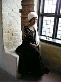 brown velvet embroidered dress, (technically, it's German, but gorgeous! Historical Clothing, German, Velvet, Costumes, Embroidery, Brown, Inspiration, Clothes, Dresses