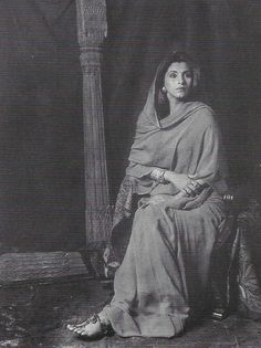 Marcus Leatherdale. Anglo Raj Antiques. Woman Face, Traditional Outfits, Antique Furniture, Old Photos, Desi, Photographers, Faces, Beautiful Women, Inspire