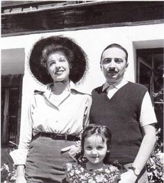 Brancati with his wife, Anna Proclemer, and his daughter Antonia.