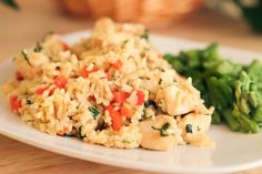 Make and share this Thai Chicken Fried Rice with Basil - Kao Pad Krapao recipe from Genius Kitchen. Rice Dishes, Food Dishes, Main Dishes, Veggie Dishes, Thai Chicken Fried Rice, Easy Chicken Dinner Recipes, Chicken Meals, Boneless Chicken, Asian Recipes