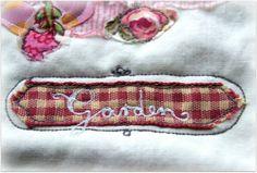 Tűvel, cérnával, szívvel-lélekkel: varrajzolt textilképek SZÍNházikótól | Életszépítők
