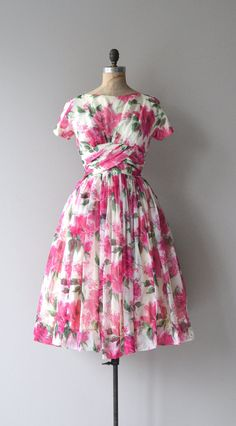 CLV: White, pink, red and green vintage 1950's floral pattern dress #white #pink #red #green #floral #pattern #vintage #1950s #dress #clothing