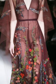 Valentino Fall 2014 Ready-to-Wear Fashion Show Details