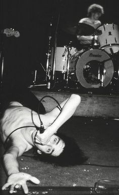 The Birthday Party: Nick Cave,Australia, 1981  I'd love this on a poster