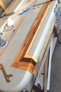 Resin Furniture, Industrial Design Furniture, Crate Furniture, Concrete Furniture, Concrete Table, Concrete Wood, Concrete Countertops, Wood Slab, Wood Table