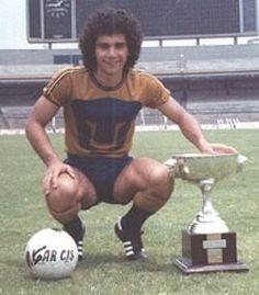 Hugo Sanchez Márquez Mejor Goleador de la Historia de México  #PUMAS #HUGOGOL