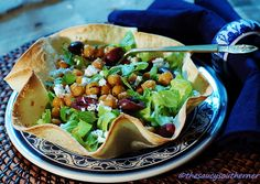 Garlic Roasted Chickpea (Garbanzo Bean) Salad (Meatless Monday)