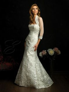 2016 A-line Satin Embroidered Bodice Softly Curved Neckline Sweep Train Wedding Dresses (8661)