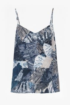 <ul> <li> Woven, rayon top with palm tree-inspired print</li> <li> Thin, spaghetti straps</li> <li> Easy fit drape fabric</li> <li> UK size 10 length is 36.5cm</li> </ul>