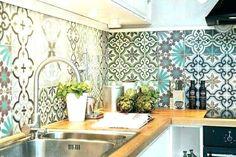 15 Ideas Kitchen Wall Tiles Ideas Moroccan Style For 2019 Kitchen Splashback Tiles, Kitchen Wall Cabinets, Kitchen Paint, Kitchen Furniture, Kitchen Interior, Moroccan Kitchen, Moroccan Tiles, Moroccan Decor, Moroccan Design