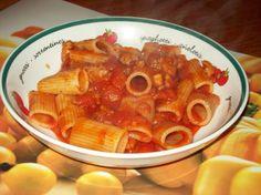 Rigatonis arrabbiata à la saucisse italienne - Manger avec mo