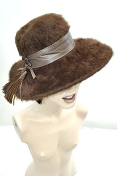 Vintage 1970s Brown Angora Wide Brimmed Hat with Leather Trim Women's Vintage 1970s Angora Wide Brimmed Hippie Hat with Leather Tassels Trim - £45.00 : Vintage Vampalicous http://www.vampalicious.co.uk
