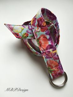 Floral 1 1/2 wide fabric belt by MBPDesign on Etsy