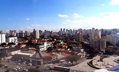 Aterrisando em São Paulo http://www.maladerodinhaenecessaire.com/rio-sao-paulo-foto-resumo-de-um-voo-por-cartoes-postais/