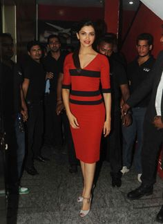 Have nothing to say about Ranveer and me: Deepika http://ndtv.in/VAV5mf