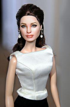 Angelina Jolie by Noel Cruz