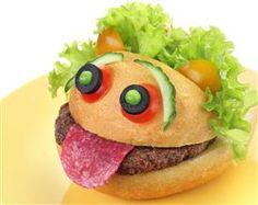 Przepisy dla dzieci: kolorowa kanapka - Rossnet Fruit Decorations, Food Art, Hamburger, Sandwiches, Food And Drink, Ethnic Recipes, Health, Blog, Joyful